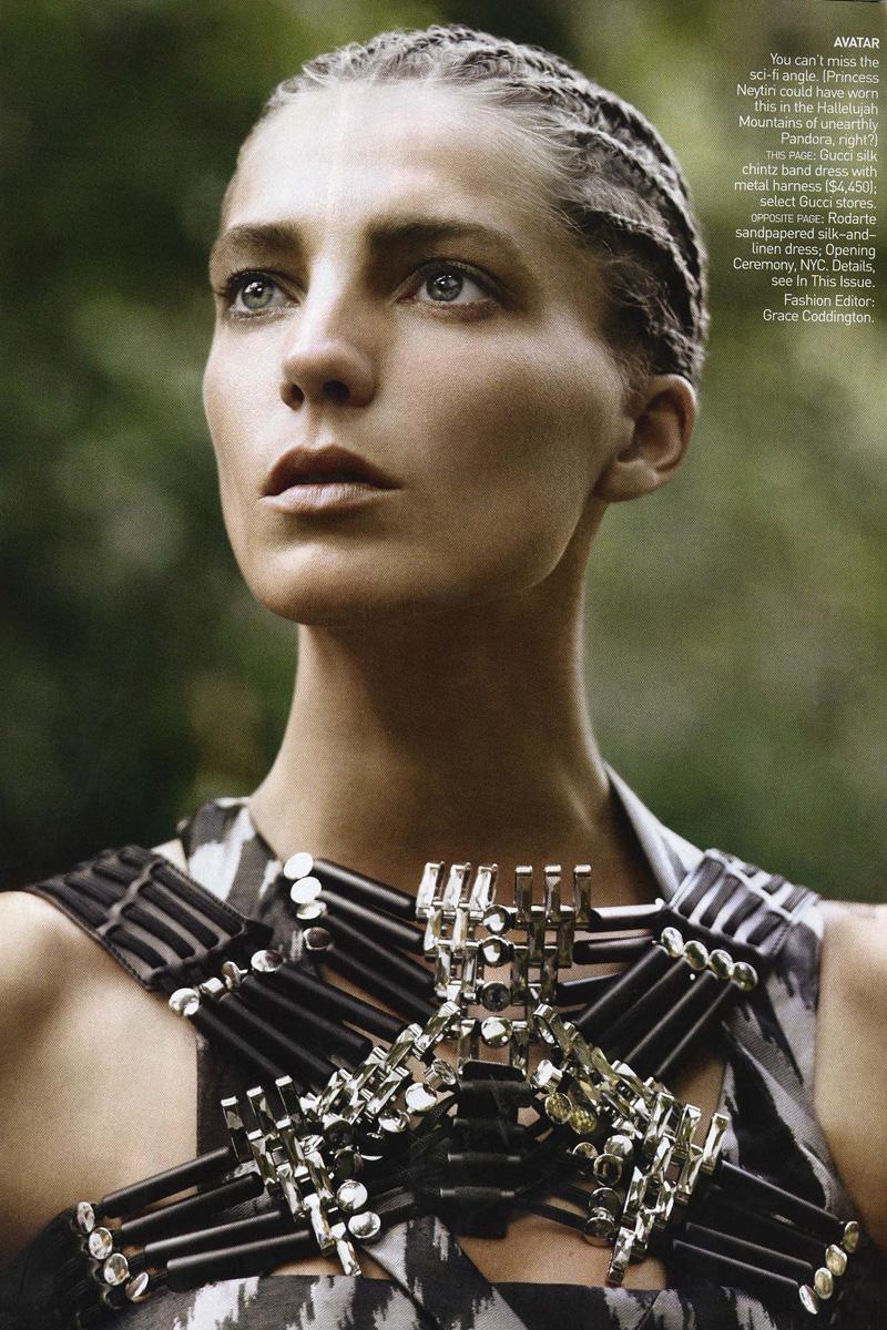Daria Werbowy Shines On Fashion Canada S October 2013: MFD - Multiple Fashion Disorder