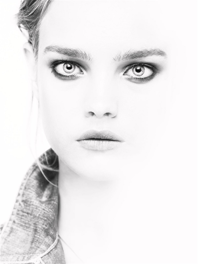 Natalia Vodianova By Paolo Roversi For Vogue Russia: Natalia Vodianova By Steven Meisel