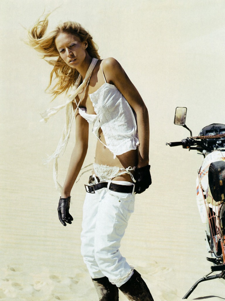 Raquel Zimmermann By Mikael Jansson For Vogue Paris April 2006 04 Images, Photos, Reviews