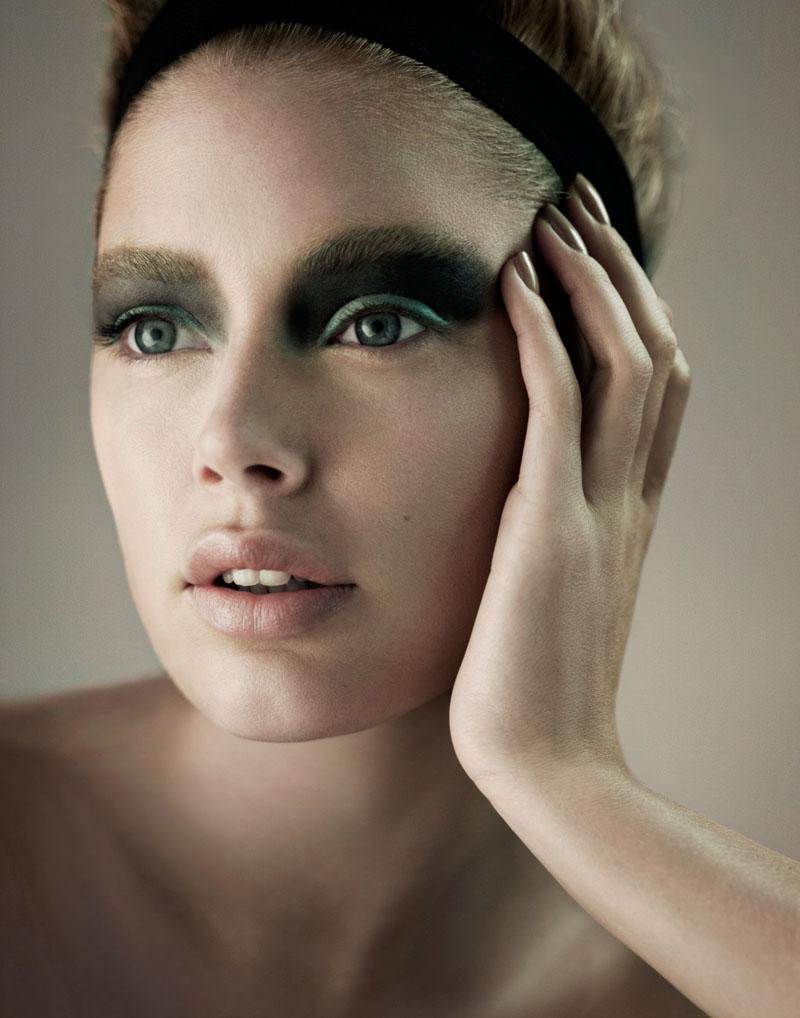 Doutzen Kroes by Alex Cayley for Elle France September 2010 02
