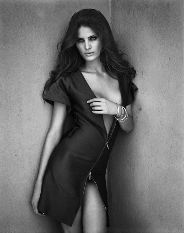 Isabeli Fontana by Vincent Peters for Vogue Germany January 2009, Liebesspiel 04