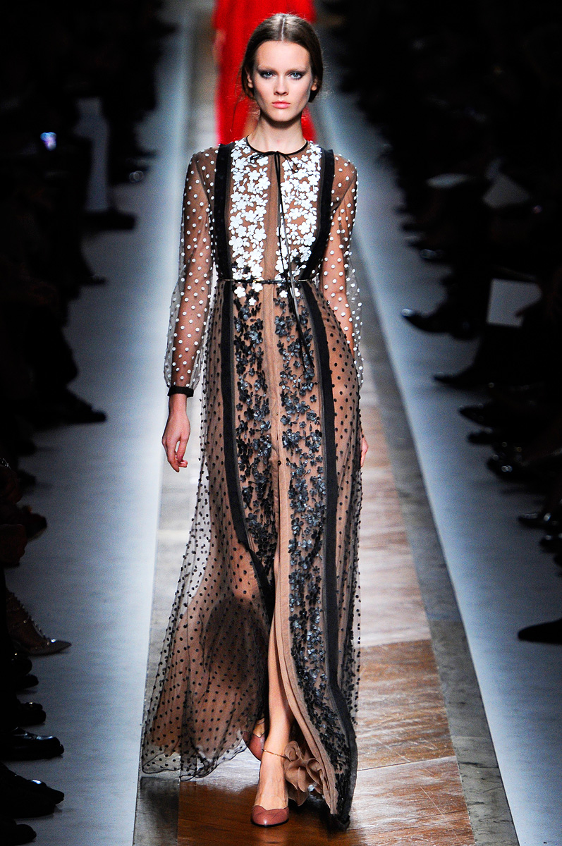 Valentino Spring 2016 Couture: 301 Moved Permanently