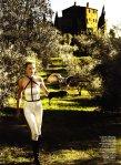 Lara Stone by Mario Testino for Vogue US January 2011, Tuscan Turnaround 03