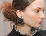 Marchesa Fall 2011 07 ear cuff