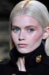 Versace Fall 2011 01 Abbey Lee
