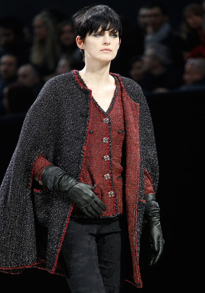 Chanel Fall 2011 02 Stella Tennant