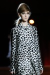 Marc Jacobs SPring 2013 18 close-up
