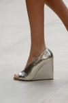 Burberry Prorsum Spring 2013 02 shoe