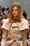 Burberry Prorsum Spring 2013 16 close-up