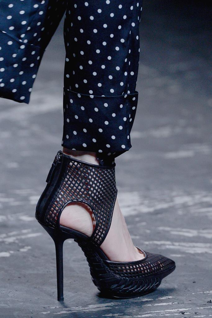 Haider Ackermann Spring 2013 03 shoe